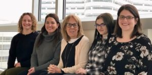 4 PNP/FNP fellowship recipients with Kathy Delaney sitting at Rush College of Nursing